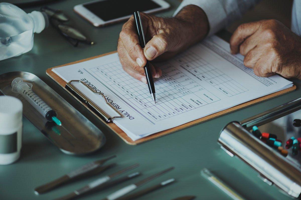 Le vene varicose si possono eliminare con la sclero-mousse eco-guidata anche nei pazienti in terapia anticoagulante.